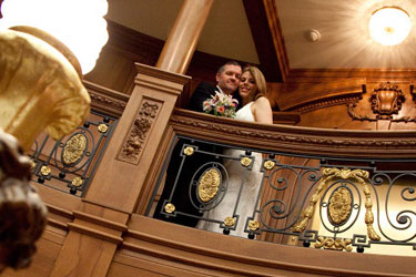 Titanic Pigeon Forge Vow Renewal Packages