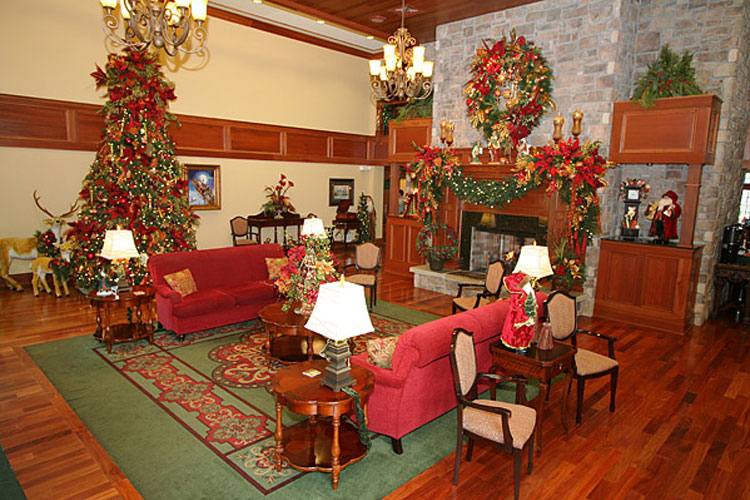 Superb Christmas Place Hotel Pigeon Forge Tn #1: Titanic-pigeon-forge-lodging-christmas-place02.jpg