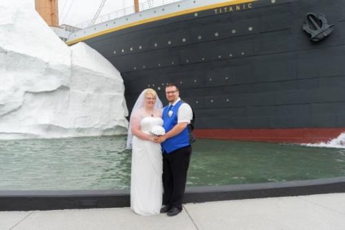 Weddings at Titanic Pigeon Forge